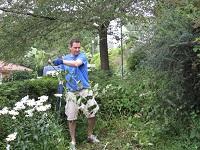 IGT volunteer weeding
